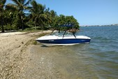 18 ft. Bayliner 175 BR  Bow Rider Boat Rental Miami Image 2