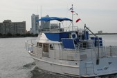 40 ft. Albin Marine Inc. 40' Trawler Motoryacht Trawler Boat Rental Miami Image 4