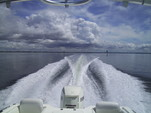 22 ft. Sea Hunt Boats Escape 220 Dual Console Boat Rental Louisiana Image 3