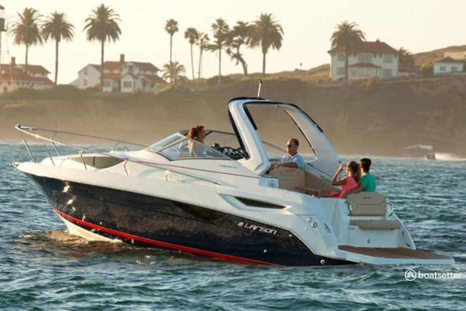 Rent a Larson Boats express cruiser in St. Augustine, FL near me