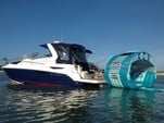 28 ft. Larson Boats 285 Cabrio Express Cruiser Boat Rental Daytona Beach  Image 2