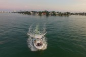 22 ft. Pro Line Boat Co 22 WALKAROUND Center Console Boat Rental Miami Image 6