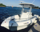 22 ft. Pro Line Boat Co 22 WALKAROUND Center Console Boat Rental Miami Image 1