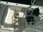 24 ft. Everglades 243 CC Center Console Boat Rental Hawaii Image 4