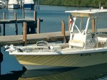 24 ft. Everglades 243 CC Center Console Boat Rental Hawaii Image 9