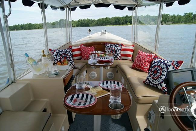Rent a Duffy Electric Boats cruiser in Virginia Beach, VA near me
