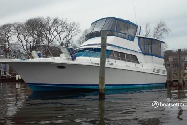 Rent a Trojan Yachts motor yacht in West Islip, NY near me