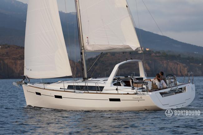 Rent a 2016 41 ft  Beneteau Oceanis 41 1 in Oakland, CA on Boatsetter