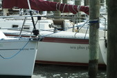 26 ft. Hunter 25.5 Cruiser Boat Rental Washington DC Image 28