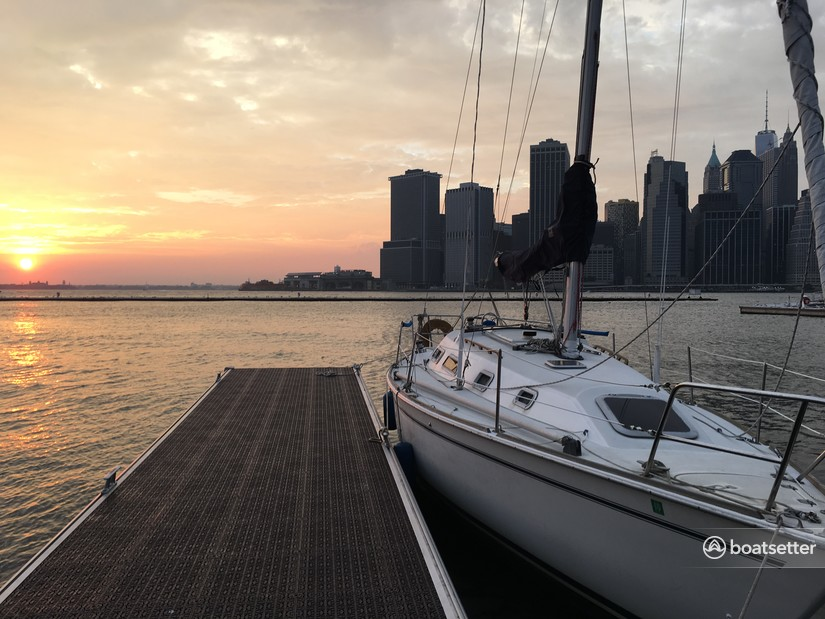 Rent a Pearson cruiser racer in Bronx, NY near me