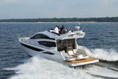 43 ft. Azimut Yachts 42 Flybridge Boat Rental Chicago Image 1