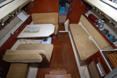 26 ft. Hunter 25.5 Cruiser Boat Rental Washington DC Image 3