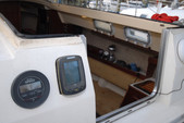 26 ft. Hunter 25.5 Cruiser Boat Rental Washington DC Image 18