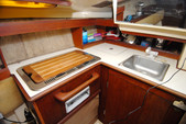 26 ft. Hunter 25.5 Cruiser Boat Rental Washington DC Image 5
