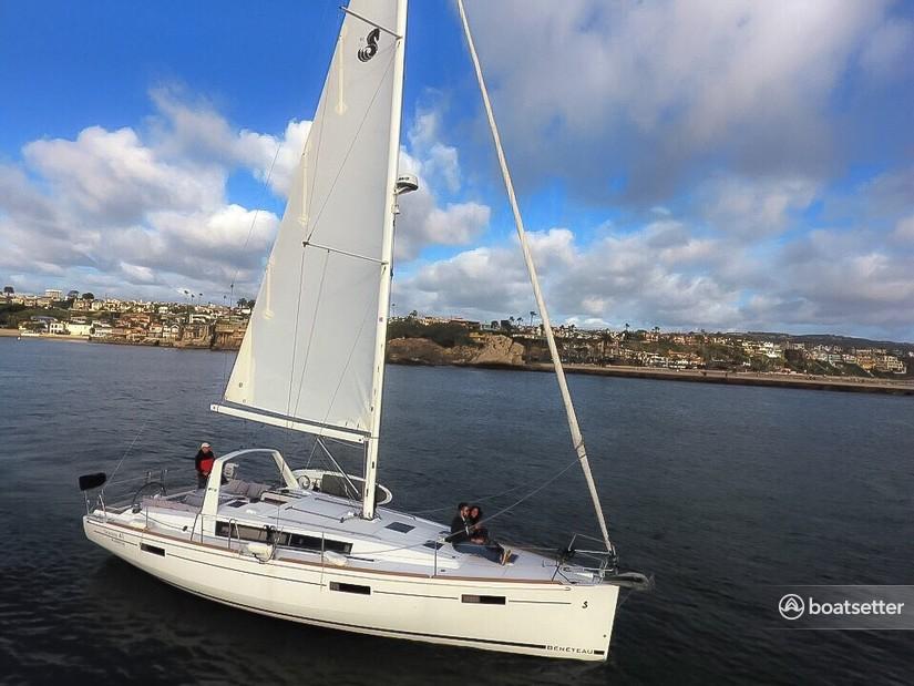 Rent a Beneteau USA cruiser in Newport Beach, CA near me