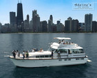 69 ft. Chris Craft 68 Roamer Motor Yacht Boat Rental Chicago Image 17