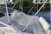 25 ft. Bayliner 2455 Ciera Sunbridge Cuddy Cabin Boat Rental West Palm Beach  Image 2