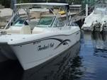 29 ft. World Cat Boats 290DC Dual Console w/2-250HP Catamaran Boat Rental Miami Image 2