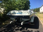 20 ft. Four Winns Boats 200 Candia Deck Boat Boat Rental Washington DC Image 2