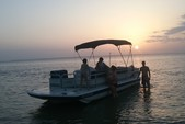 22 ft. Hurricane Boats FD 226 Fish & Fun Deck Boat Boat Rental Rest of Southeast Image 5