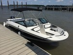 24 ft. Sea Ray Boats 21 SPX w/150 EFI 4-S  Bow Rider Boat Rental Charleston Image 3