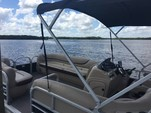 23 ft. Sun Chaser 2300 Pontoon Boat Rental Tampa Image 2