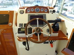 29 ft. Hunt Yachts Surfhunter 29 Downeast Boat Rental Boston Image 5