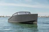 40 ft. VanDutch 40 Cruiser Boat Rental Los Angeles Image 37