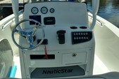 22 ft. NauticStar Boats 2102 Center Console Boat Rental Miami Image 8