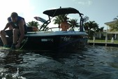 20 ft. Tige' Boats R20 Ski And Wakeboard Boat Rental Miami Image 3