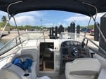 25 ft. Stingray Boats 250CS Cruiser Cruiser Boat Rental Miami Image 3