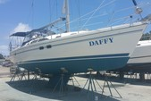 39 ft. Catalina 39 Sloop Boat Rental Miami Image 3