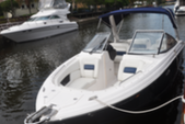 29 ft. Regal Boats 2700 Bow Rider Boat Rental Miami Image 7