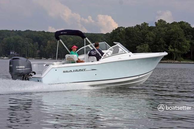 Rent a Sea Hunt Boats dual console in Berkeley Township, NJ near me