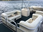 20 ft. Bennington Marine 2080LX Pontoon Boat Rental Boston Image 3