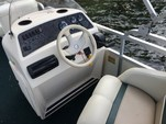 20 ft. Bennington Marine 2080LX Pontoon Boat Rental Boston Image 9