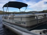 20 ft. Bennington Marine 2080LX Pontoon Boat Rental Boston Image 2