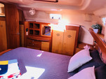43 ft. Hunter Hunter 420 Sloop Boat Rental Daytona Beach  Image 8