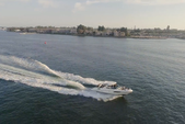 35 ft. Sea Ray Boats 350 SLX Axius Bow Rider Boat Rental San Diego Image 3