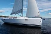 37 ft. Other Hanse Cruiser Boat Rental Vila Franca Do Campo Image 12