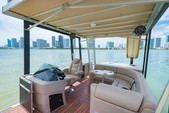 27 ft. Avalon Pontoons 27' Paradise Funship Pontoon Boat Rental Miami Image 6