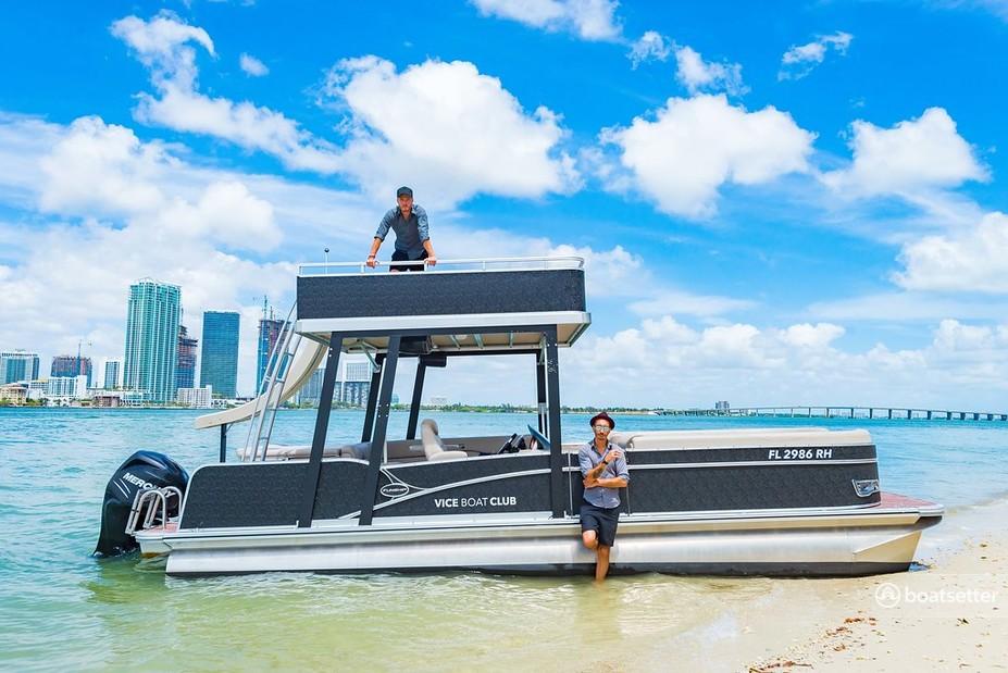 Rent a Avalon Pontoons pontoon in Miami Beach, FL near me