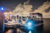 27 ft. Avalon Pontoons 27' Paradise Funship Pontoon Boat Rental Miami Image 8