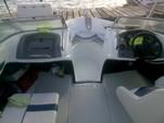 17 ft. Larson Bowrider Bow Rider Boat Rental Cancún Image 3