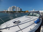 44 ft. Searay SUNDANCER Motor Yacht Boat Rental Cancún Image 4