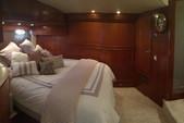 55 ft. Carver Voyager Motor Yacht Boat Rental Cancún Image 9