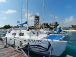 51 ft. Catamaran Cruisers Aqua Cruiser Catamaran Boat Rental Cancún Image 5