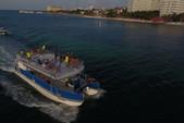 55 ft. Catamaran Cruisers Vagabond Catamaran Boat Rental Cancún Image 4
