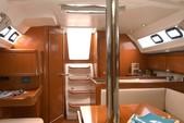 34 ft. Beneteau Oceanis 34 Sloop Boat Rental Lagos Image 7