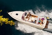 28 ft. Airon Marine 25 Cruiser Boat Rental Sorrento Image 3